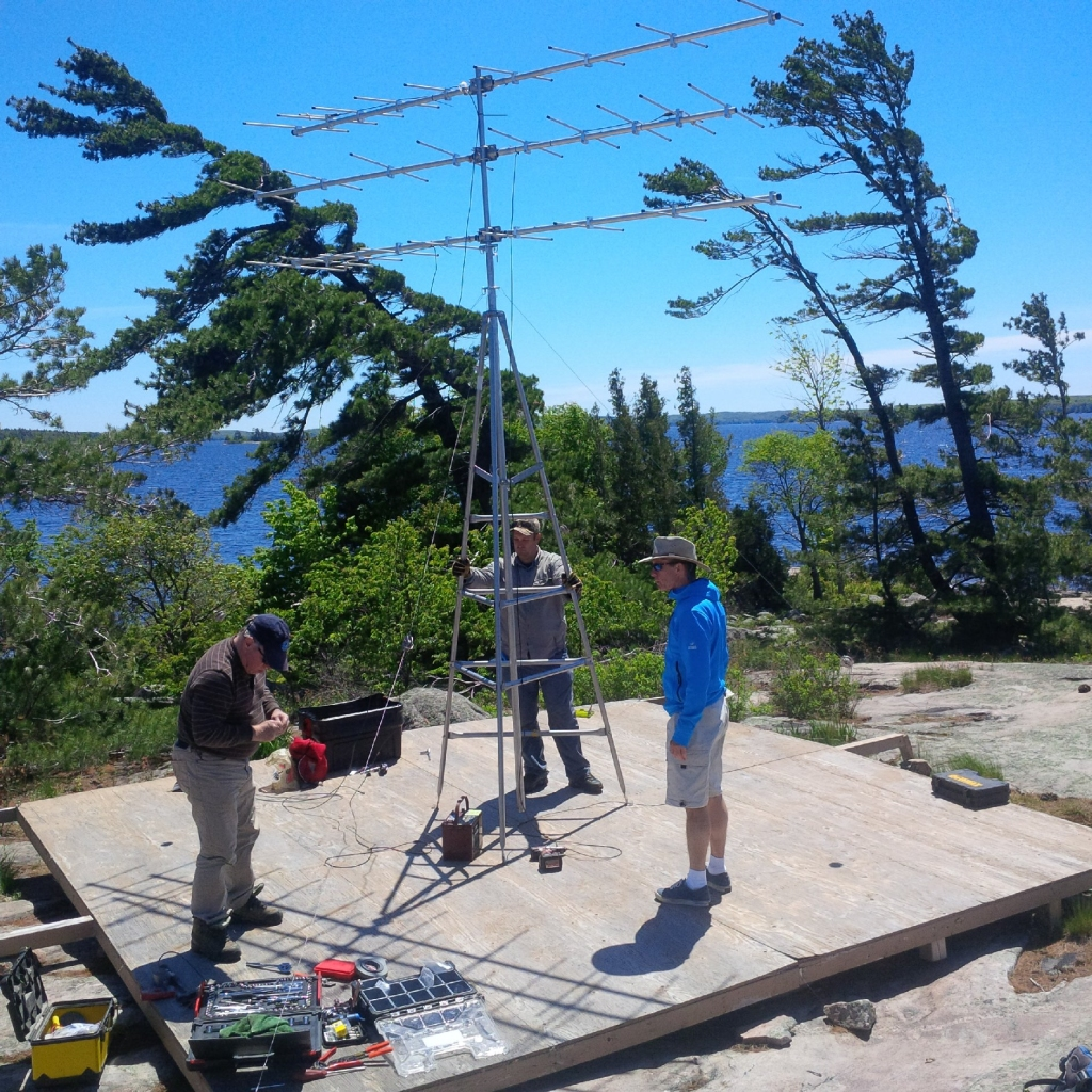 Installation by Georgian Bay Land Trust of the Brebeuf motus tower.